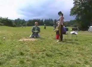Hod míčkem